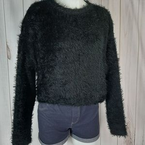 Zara Trafaluc Crop Large Fuzzy Shaggy Sweater